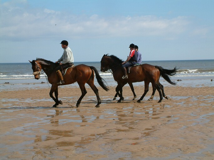 Horseback Riding_Mantaraya Lodge