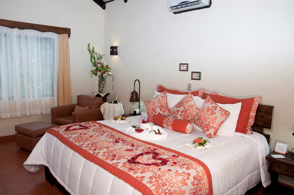 Arenal Springs Junior Room