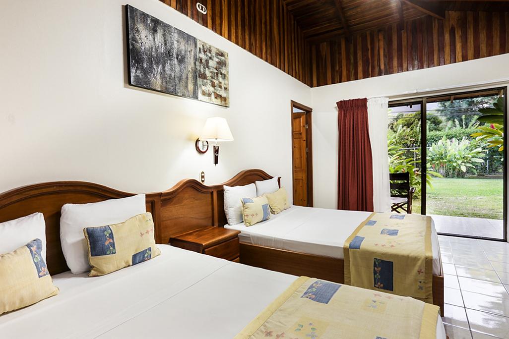 Arenal Paraiso Standard Bedroom