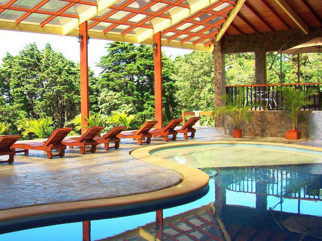 El Establo Pool