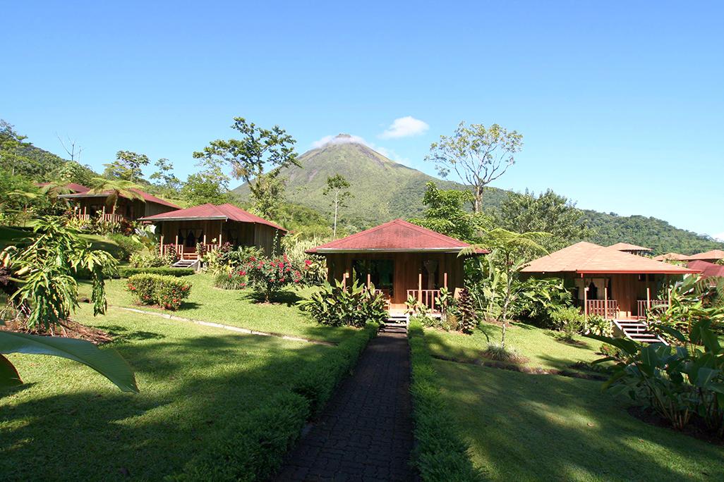 Lomas Del Volcan Bungalows