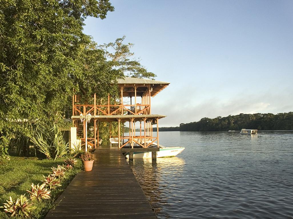 Manatus Dock