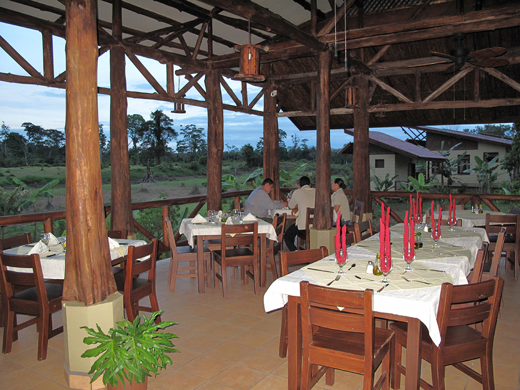 Maquenque Bar Restaurant