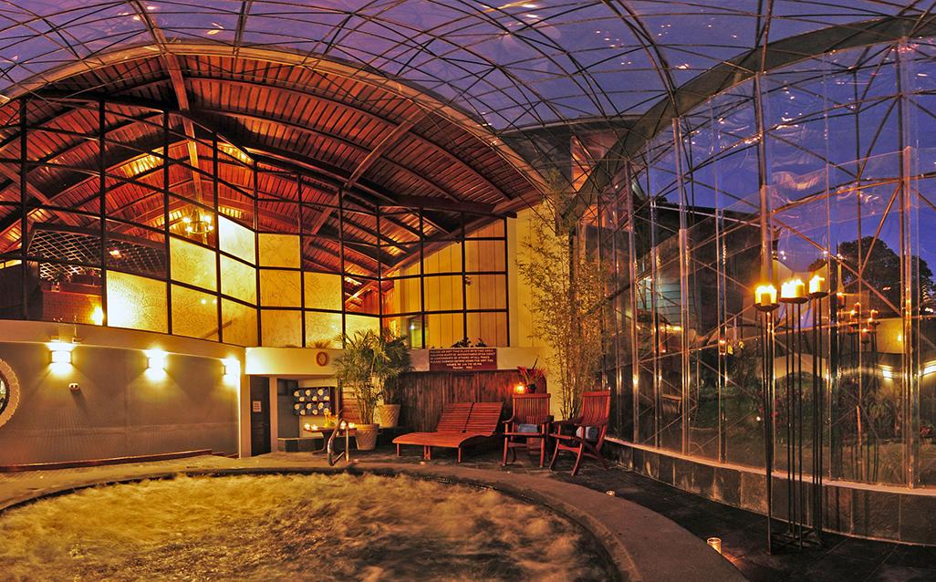 Monteverde Lodge Hot Tub