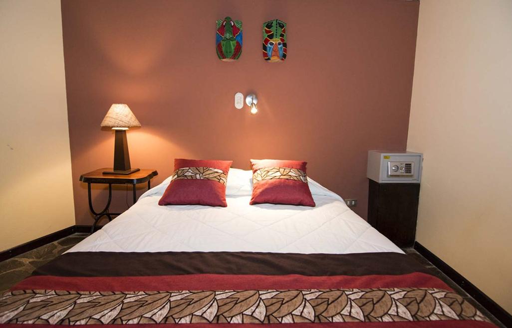 Sarapiquis Rainforest Lodge Centro Neotropico Deluxe Room Bed