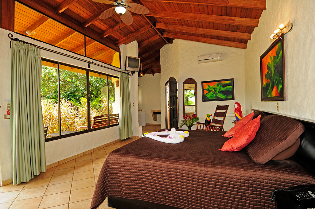Arenal Volcano Inn Suite
