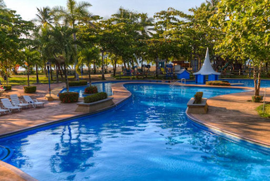 Punta Leona Pool
