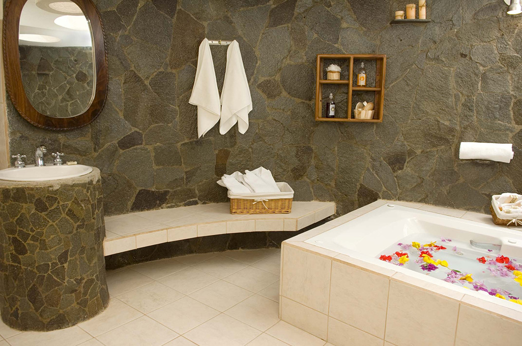 Villa Florencia Suite Bathroom